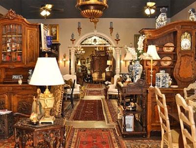 Αντίκες & Παλαιά αντικείμενα στο Παλαιοπωλείο Antique Center